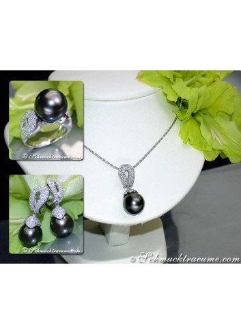 Huge Tahitian Pearl Pendant with Diamonds