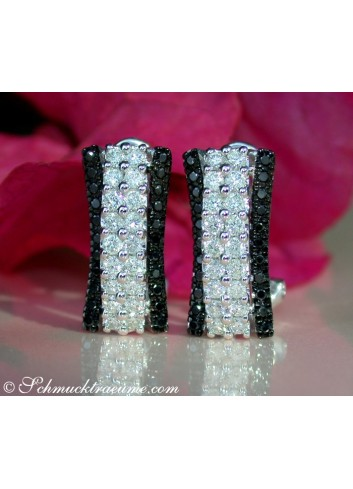 Unusual Black & White Diamond Earrings in White gold 14k