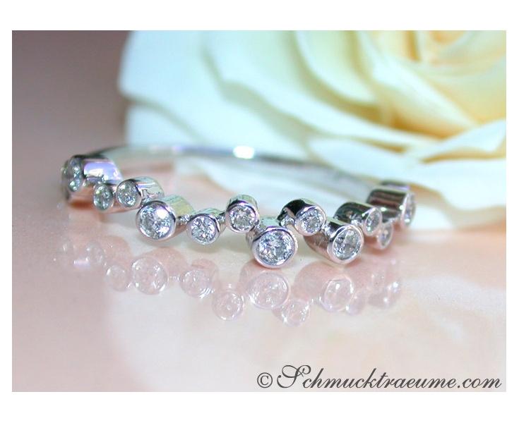 Pretty Diamond Eternity Ring