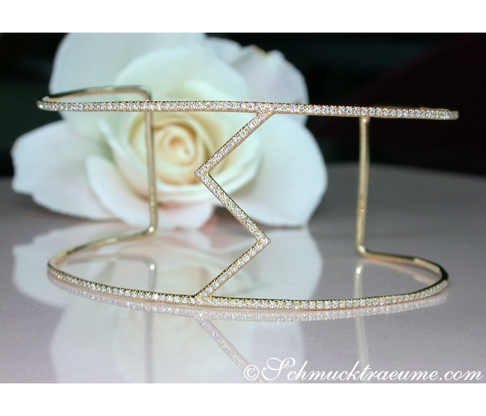 Extravagant Diamond Bangle