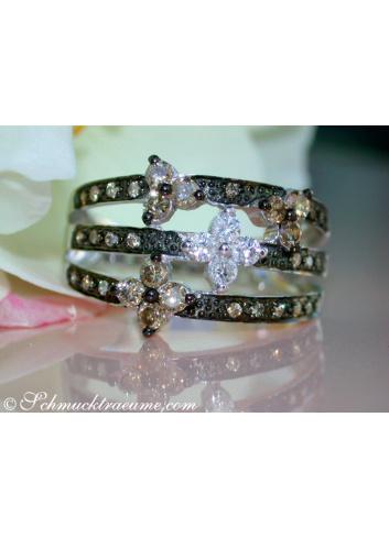 Brillanten Blüten Ring in Weißgold