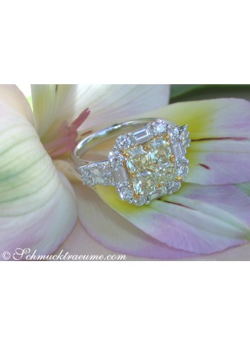 Glorious White & Yellow Diamond Ring