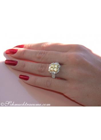 Glorious White & Yellow Diamond Ring