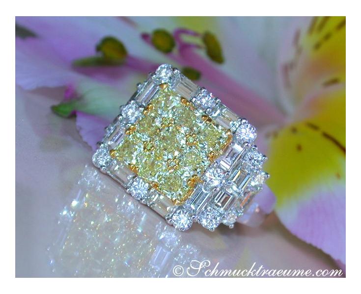 Luxurious White & Yellow Diamond Ring
