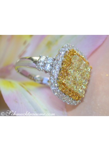 Exclusive Yellow & White Diamond Ring