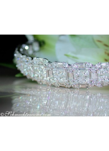 Luxus: Brillanten Armreif mit Diamanten