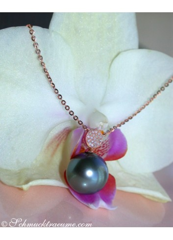 Precious Tahitian Pearl Diamond Pendant incl. Chain