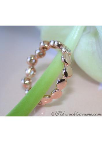 Timeless Diamond Eternity Ring in Rose gold