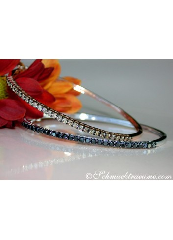 Armreifen mit schwarzen Diamanten und naturbraunen Brillanten
