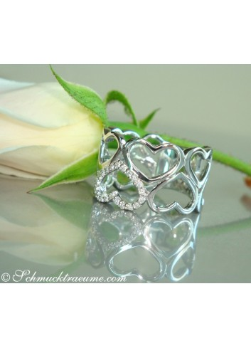 Enchanting Diamond Heart Ring