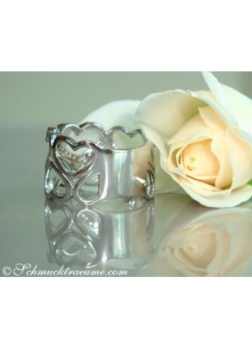Diamanten Herz Ring in Weißgold