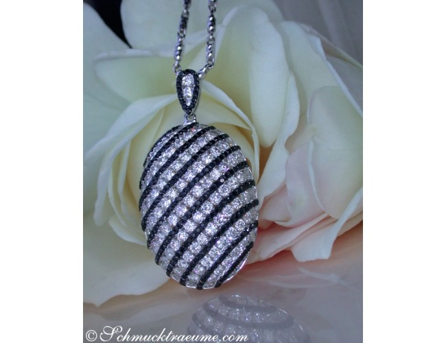 Glorious Black & White Diamond Pendant