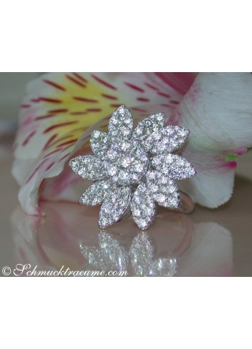 Fantastic Diamond Blossom Ring