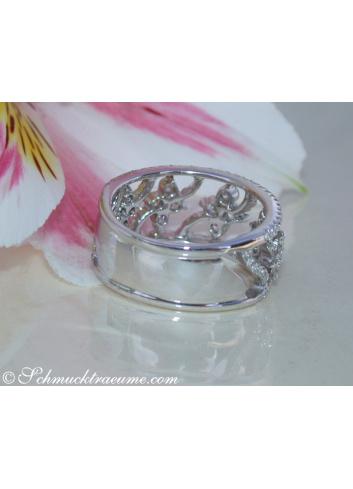 Brillanten Ring im Blüten Design