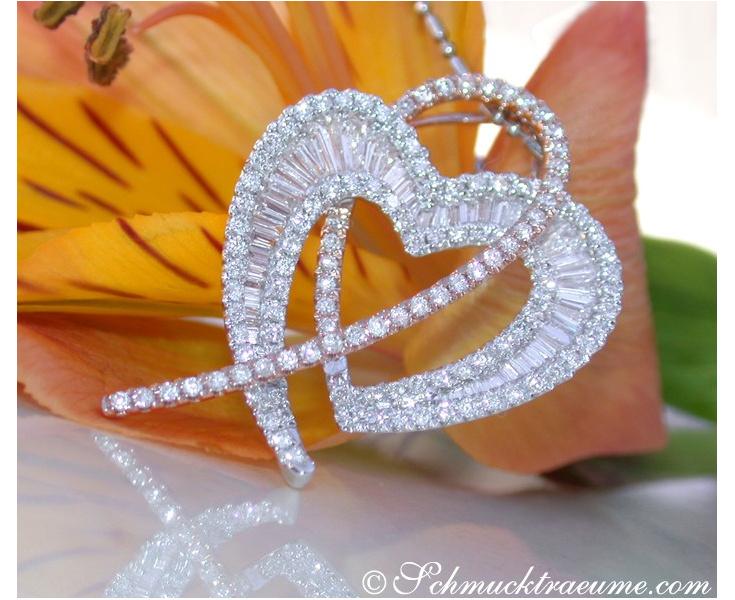 Brillanten Herz Anhänger mit Diamanten