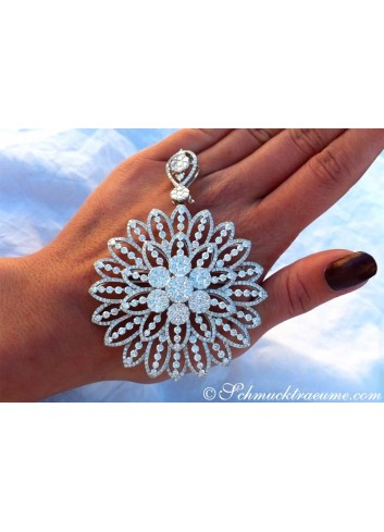 Gigantic Diamond Pendant / Brooch with Impressive Dimensions