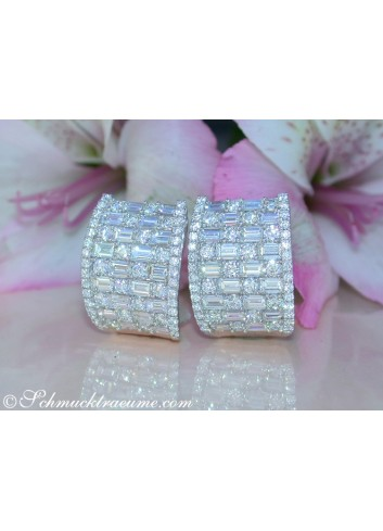Terrific Diamond Earrings with Baguette Diamonds