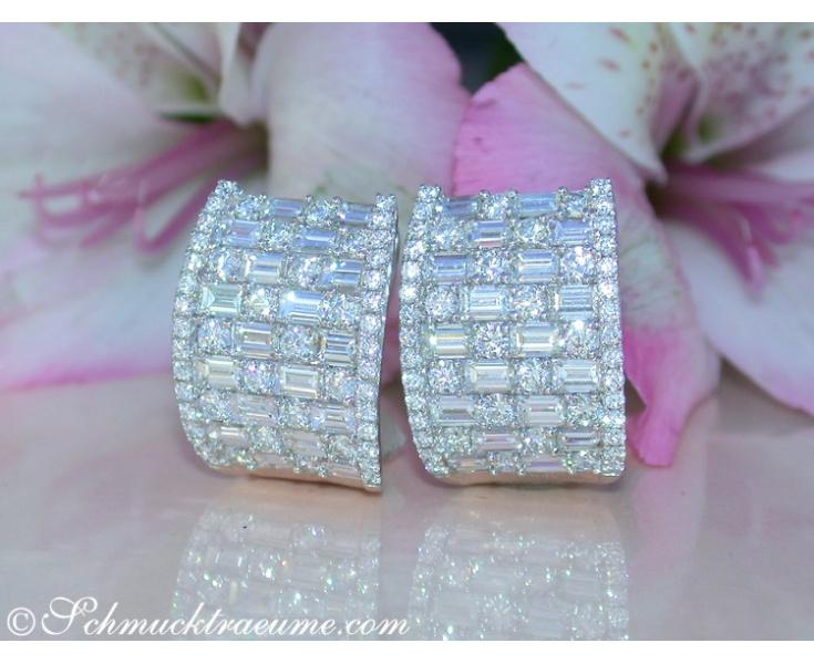 Luxus: Brillanten Ohrstecker mit Baguette Diamanten