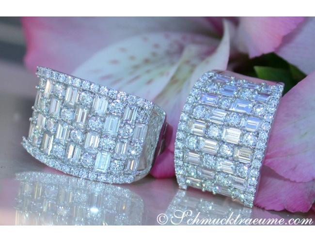 Terrific Diamond Earrings with Baguette Diamonds