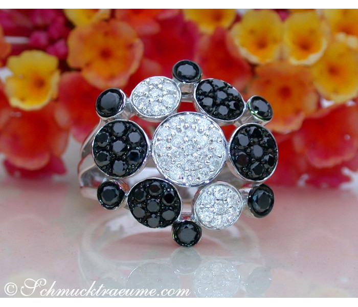 Unusual Black & White Diamond Ring