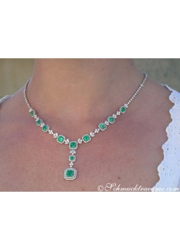 Unique Necklace with Columbian Emeralds and Diamonds