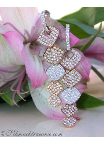 High-end Dangling Earrings with Diamonds