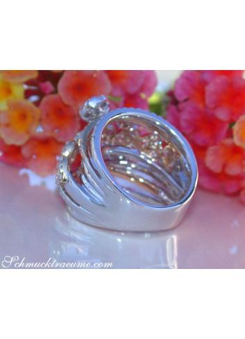 Mehrreihiger Brillanten Ring im Herz Design