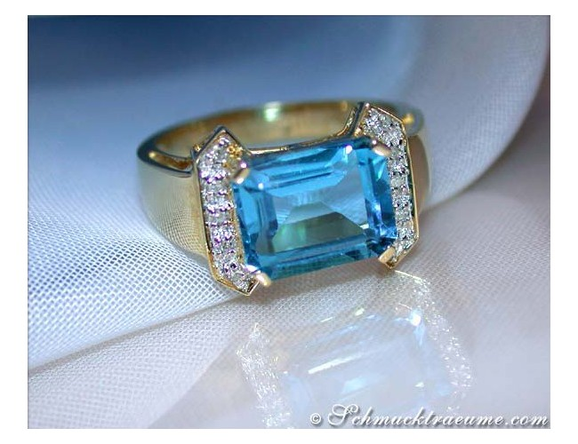 Fine Blue Topaz Diamond Ring