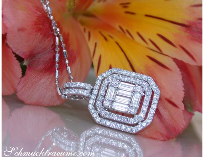 Exquisite Diamond Pendant with Baguette Diamonds