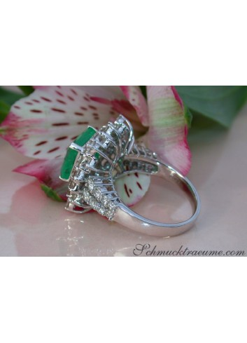 Tremendous Emerald Ring with Diamonds