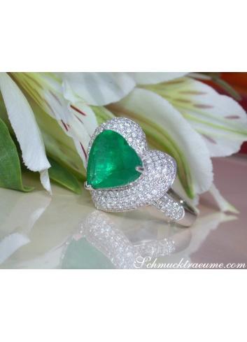 Smaragd Herz Ring mit Brillanten