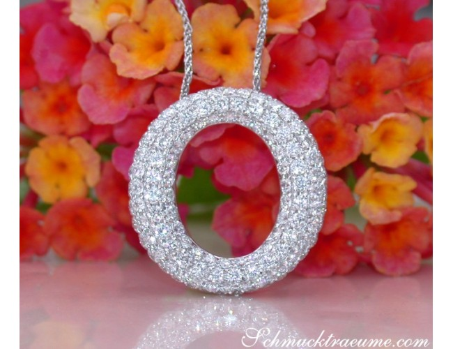 Elegant Diamond Circle Pendant