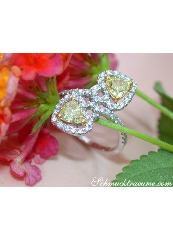 Feminine Diamond Heart Ring with Yellow Diamonds