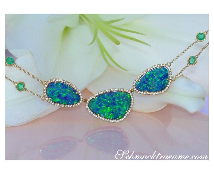 Boulder Opal Collier mit Brillanten und Smaragden