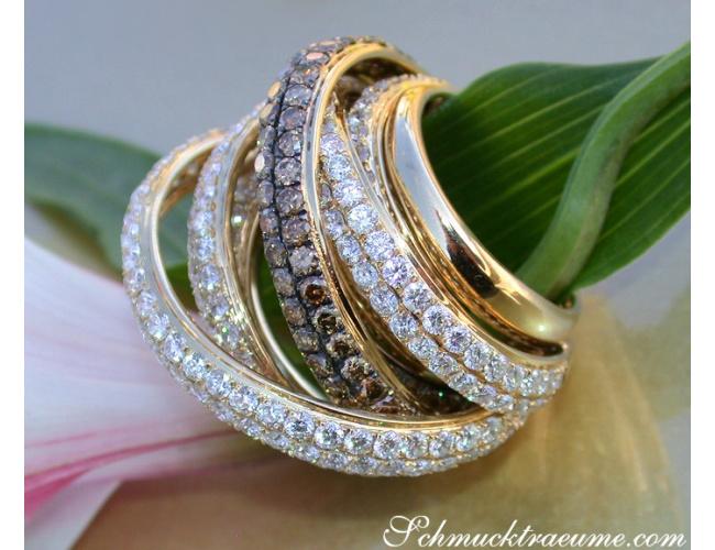 Mehrreihiger Brillanten Ring mit naturbraunen Brillanten in stattlicher Größe