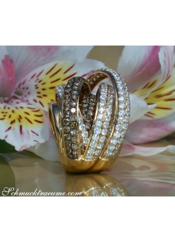 Multi Row Diamond Ring with Brown Diamonds of Stately Size