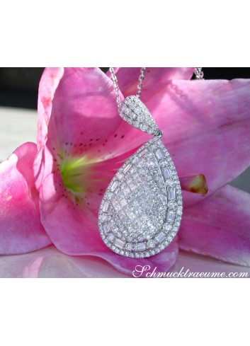 Superb Pear Pendant with Brilliant, Princess and Baguette Diamonds