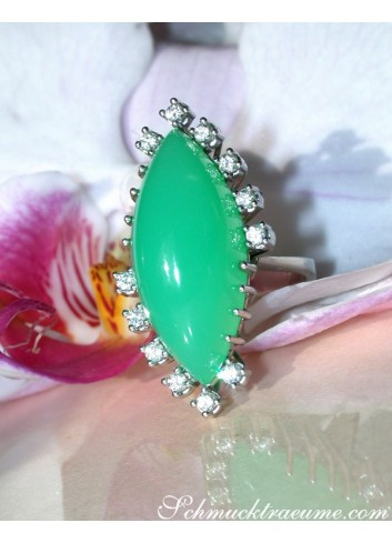 Terrific Chrysoprase Ring with Diamonds