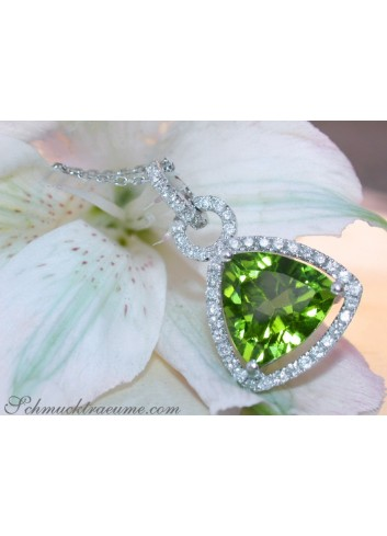 Precious Peridot Pendant with Diamonds