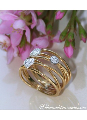 Multirow Yellowgold Ring with Diamonds