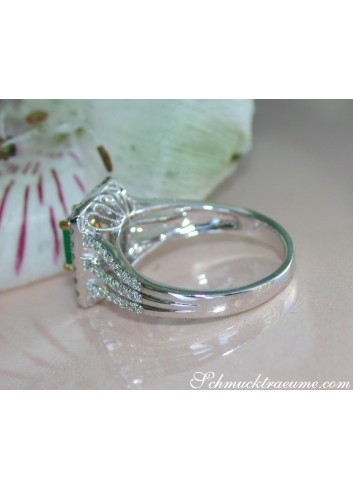Kolumbianischer Smaragd Ring mit Brillanten