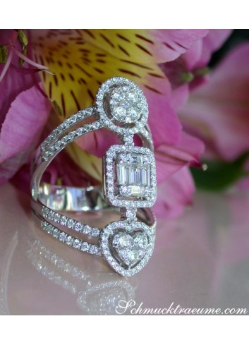 Striking Diamond Ring with Baguette Diamonds