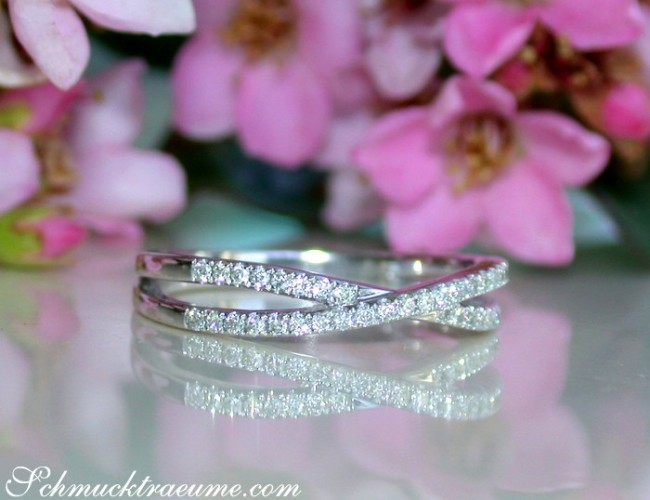 Extra Thin Crossover Diamond Ring