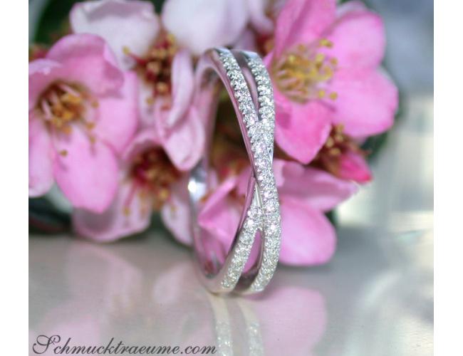 Schmaler Diamant Ring in Weißgold 750