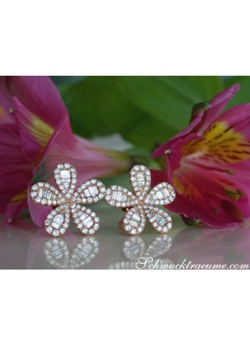 Precious Diamond Flower Earrings in Rose gold 14k