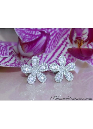 Precious Diamond Flower Earrings
