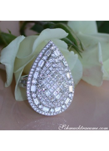 Diamant Tropfen Ring in Weißgold 750