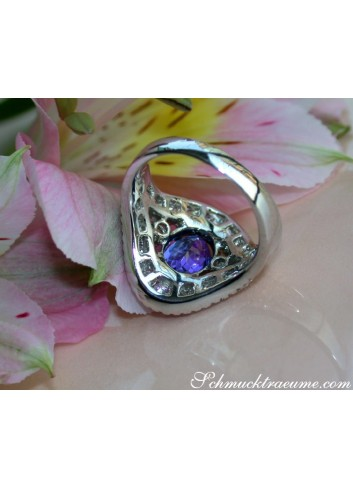Precious AAA Tanzanite Ring with Diamonds in Whitegold 18k