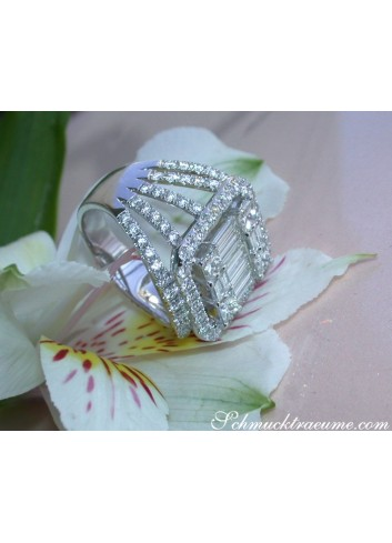 Luxuriöser Brillanten Ring mit Princess und Baguette Diamanten