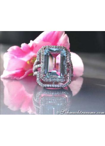 Excellent Aquamarine Diamond Ring